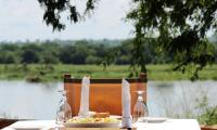 Lunch on the river nile kabalega lodge.jpg