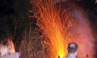 safari camp fire kabalega lodge.jpg